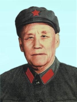 原全国政协副主席何长工