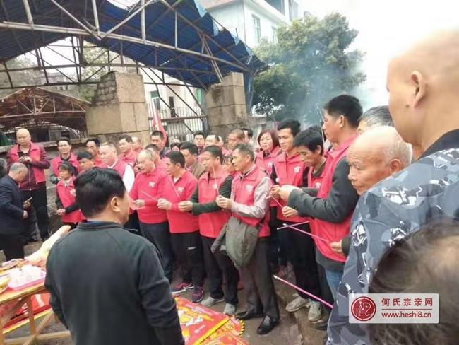简讯|广东梅州何氏宗亲会组团赴福建参加拜祭大乙郎公